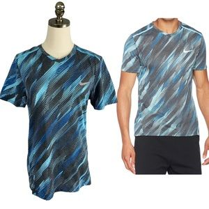 Nike Vivid Sky Running V-neck DRI-FIT T-shirt